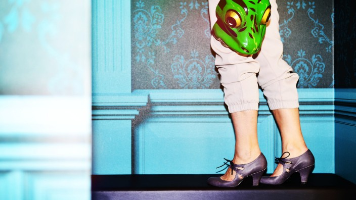 Stilblog Modezirkus: Sportswear: Interpretation einer Jogginghose. Hose: Topshop, Schuhe: privat.