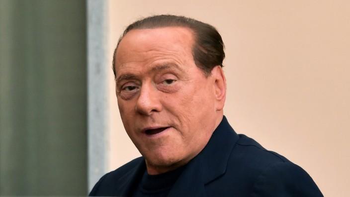 Italienischer Ex-Regierungschef: Trat pünktlich seinen Strafdienst im Seniorenheim an: Italiens Ex-Regierungschef Silvio Berlusconi.