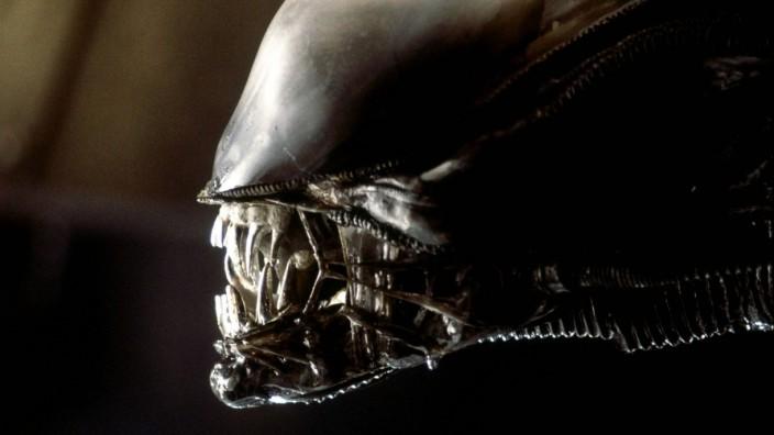 """Science-Fiction-Filmreihe: Da grinst es wieder, und sabbert sicher gleich Schleim: Nach """"Prometheus"""" ist schon der übernächste """"Alien""""-Film in Planung."""