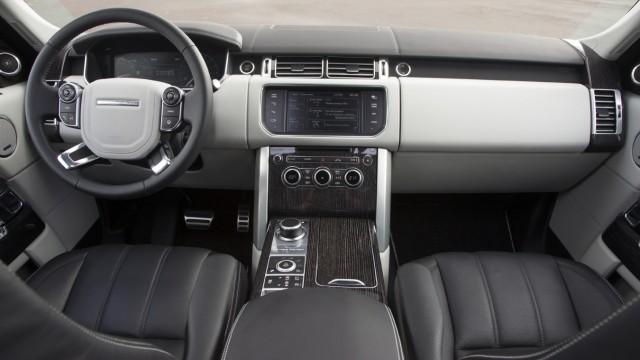 Der Innenraum des Range Rover.