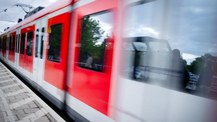 Bruck / Eichenau: FEATURE S-Bahn