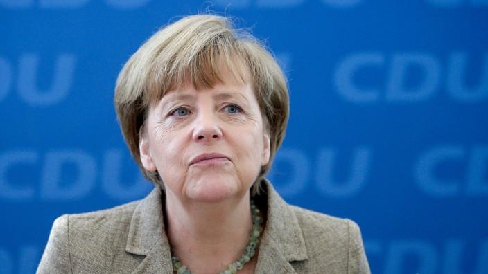 Europawahl 2014: Trotz des Wahlerfolges der AfD: Kanzlerin Merkel will nicht mit der neuen Partei zusammenarbeiten