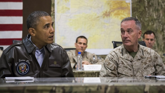Barack Obama,  Joseph Dunford