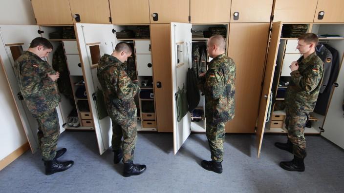Germany To Shorten Military Service