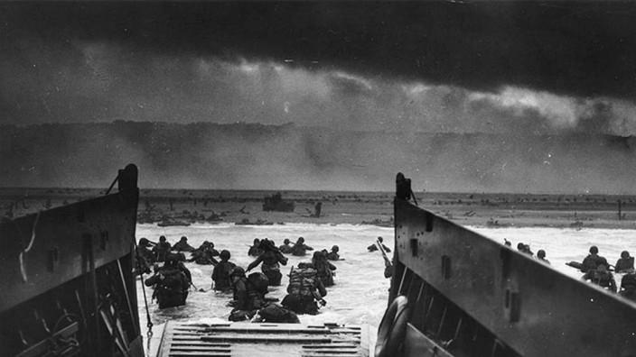 US-D-DAY-OMAHA BEACH