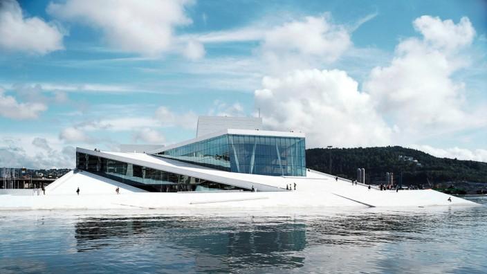 Beziehung zur EU: Die Oper in Oslo ist eines der bekanntesten Gebäude in Norwegen. Das ölreiche Land ist nicht Mitglied der Europäischen Union, aber es übernimmt eine Vielzahl von EU-Regelungen.