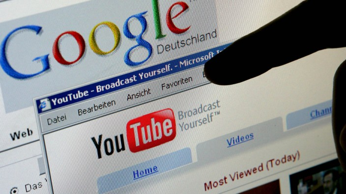 YouTube streitet
