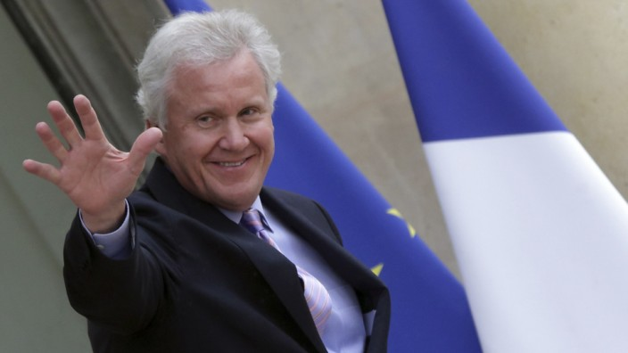 General Electric Chairman and CEO Immelt  leaves the Elysee Palace in Paris