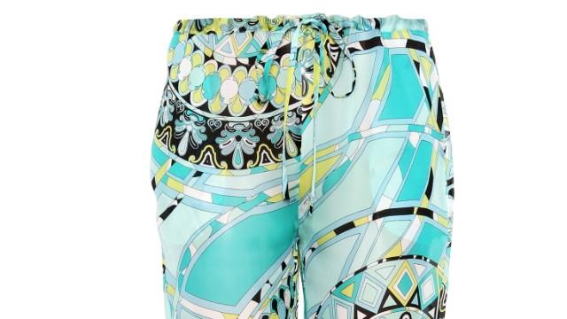 Mode für den Strandurlaub: Der neue Dresscode ist die flatternde Hose - hier von Emilio Pucci. (Hose: mytheresa.com)