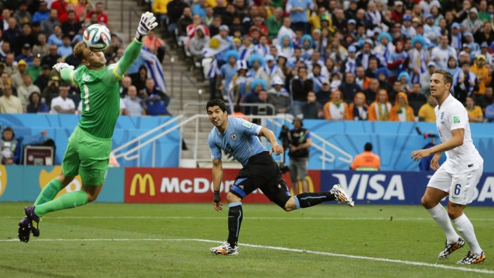 World Cup 2014 - Group D - Uruguay vs England