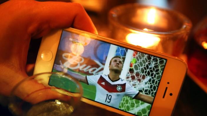 World Cup 2014 –- Liveübertragung auf dem Smartphone