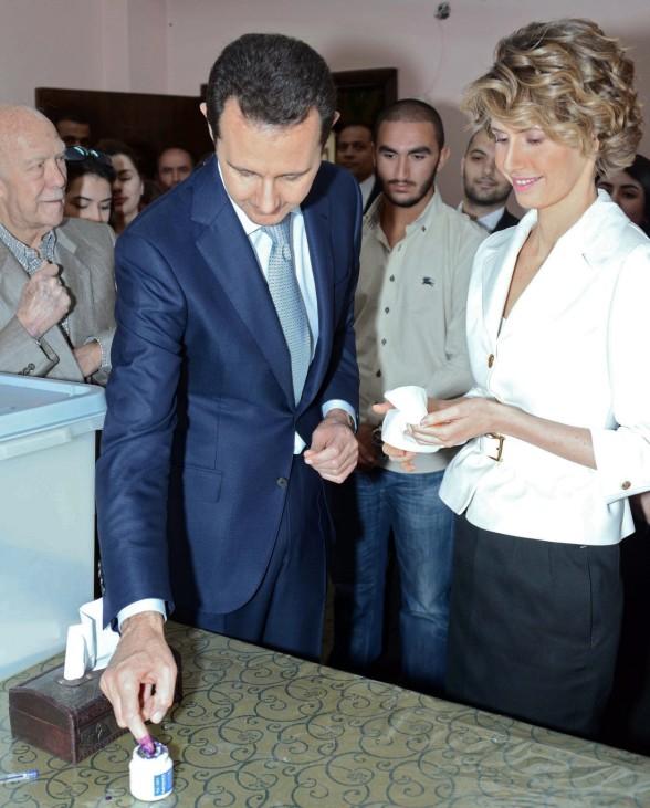 Syrians vote for president