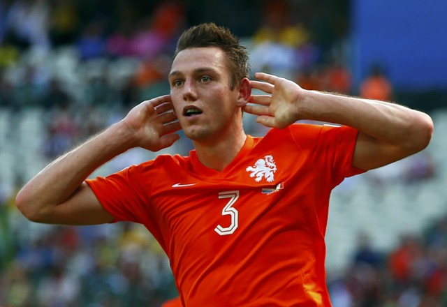 de Vrij of the Netherlands reacts after missing a goal opportunity during their 2014 World Cup round of 16 game against Mexico at the Castelao arena in Fortaleza