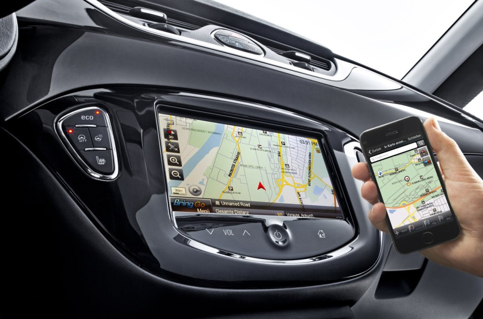 Der Navigationsbildschirm des Opel Corsa E