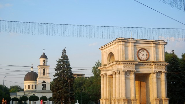 Triumphal Arch and the Cathedral, Chisinau