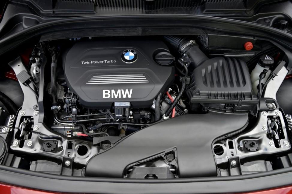 Der Motor des BMW Zweier Active Tourer