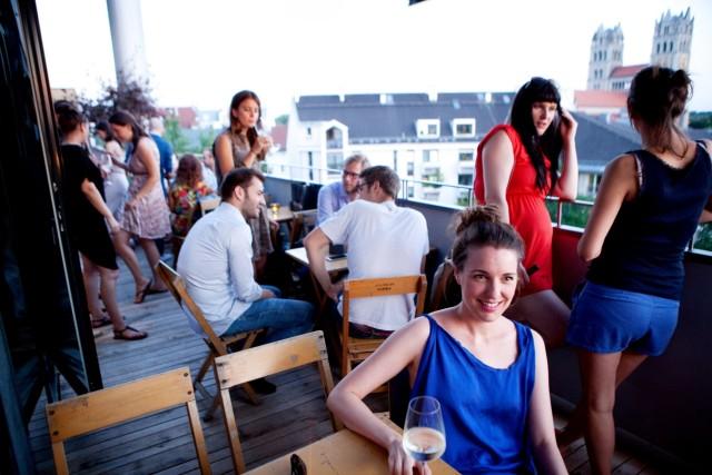 neue Rooftop-Bar Flushing Meadows in der Fraunhoferstraße