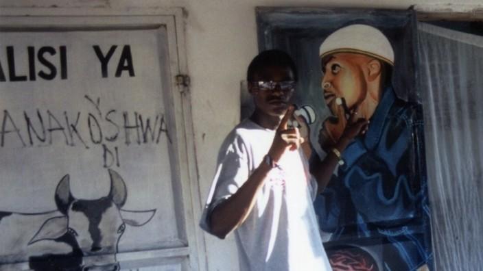 junger Mann Tansania