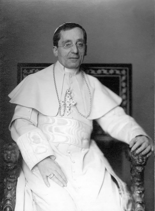 Papst Benedikt XV., 1915