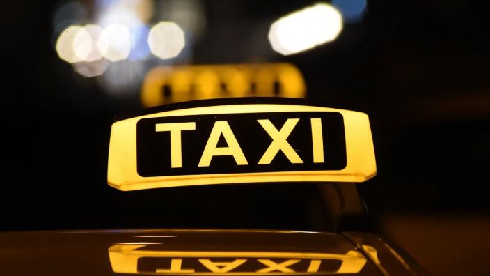 Teure Taxi-Taxen
