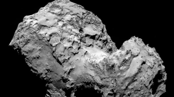 Rosetta erreicht Zielkometen: Komet 67P/Tschurjumow-Gerasimenko aus 100 Kilometern Entfernung aufgenommen
