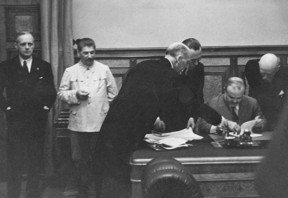 Unterzeichnung des deutsch-sowjetischen Nichtangriffspakts, 1939
