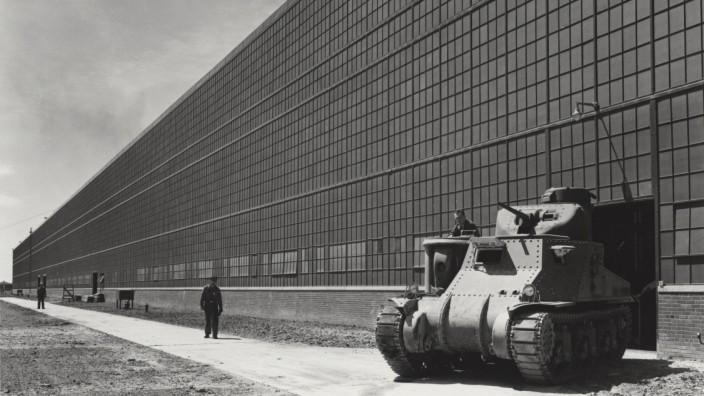 Das Chrysler-Panzer-Arsenal in Detroit, geplant von Albert Kahn.