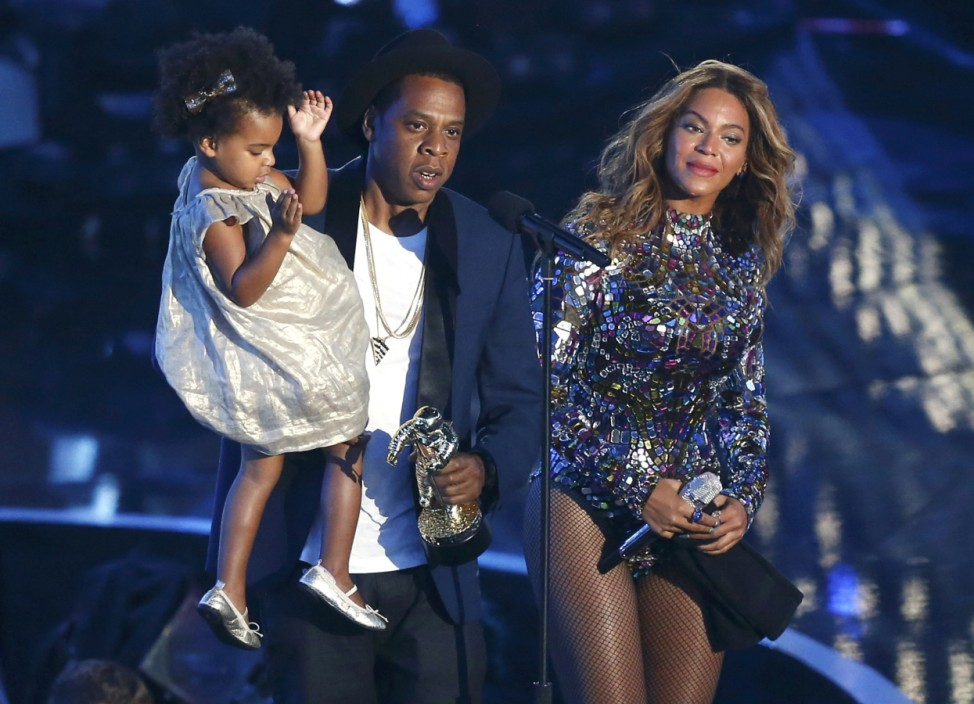 Beyoncé mit Ehemann Jay-Z und Tochter Ivy bei MTV Video Music Awards 2014 in Inglewood