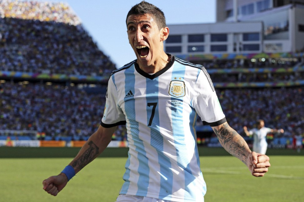 United sign Angel Di Maria for record fee