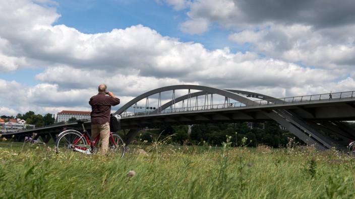 Waldschlößchenbrücke ein Jahr in Betrieb