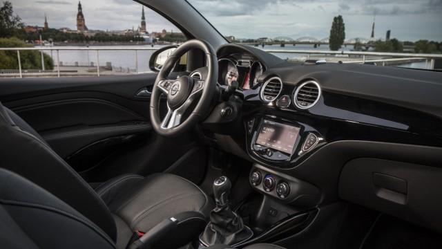 Der Innenraum des Opel Adam Rocks.