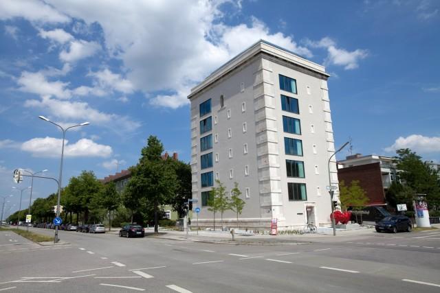 Ehemaliger Bunker in München wird Wohn- und Bürohaus, 2014