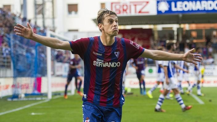 SD Eibar v Real Sociedad de Futbol - La Liga