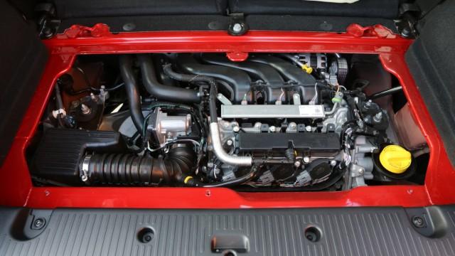 Der Motor des Renault Twingo.