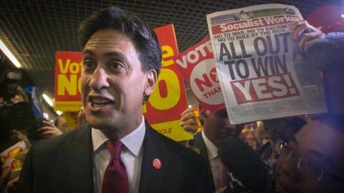 Ed Miliband beim Wahlkampf in Edinburgh
