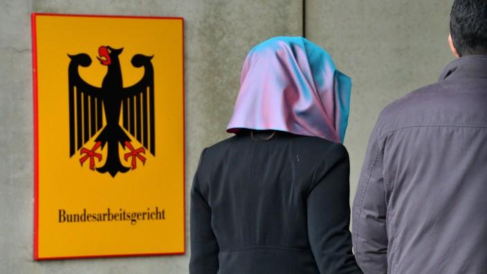 Bundesarbeitsgericht verhandelt Kopftuchstreit