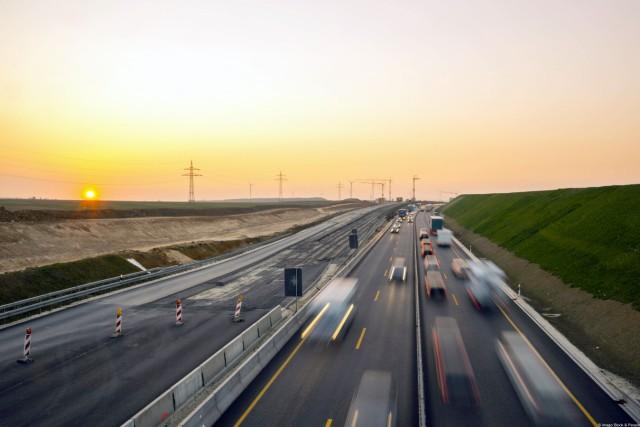 Erweiterung der Autobahn A8 Albaufstieg bei Dornstadt Baden Württemberg Deutschland Europa iblw