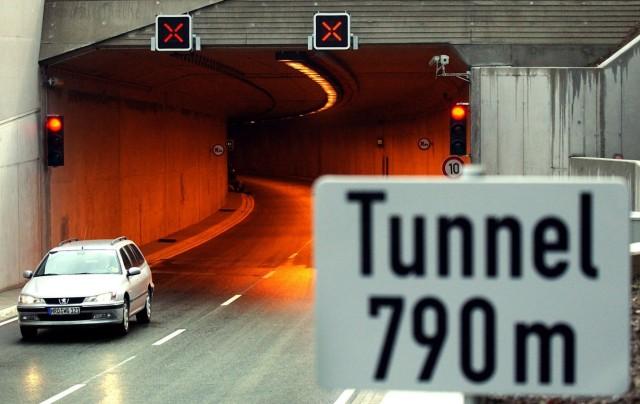 Rostocker Warnowtunnel vor der Eröffnung