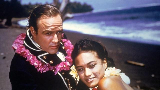 "Marlon Brando und Tarita Teriipaia, hier bei den ""Bounty""-Dreharbeiten"