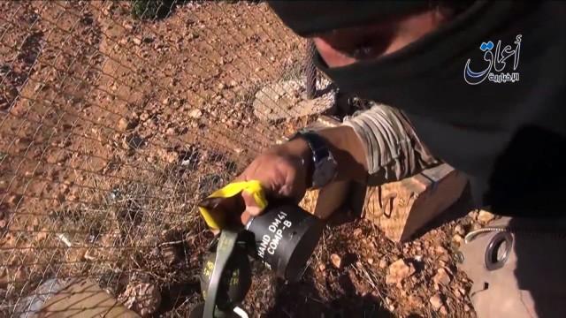 Krieg in Syrien: Granate deutscher Bauart: Standbild aus einem Video des IS.