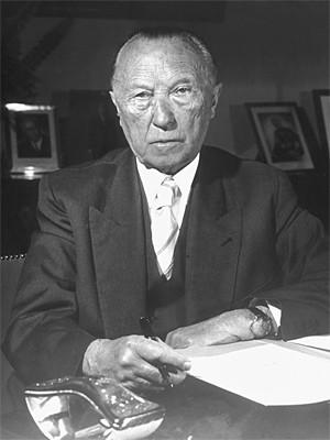 Konrad Adenauer dpa