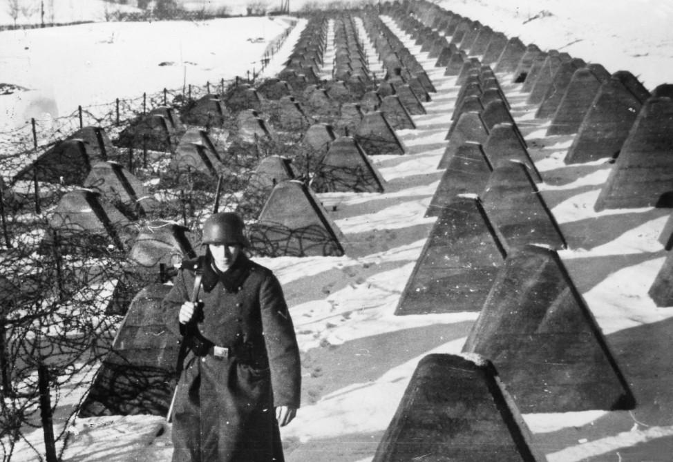 Deutscher Posten an der Westgrenze, 1940 Westwall Zweiter Weltkrieg