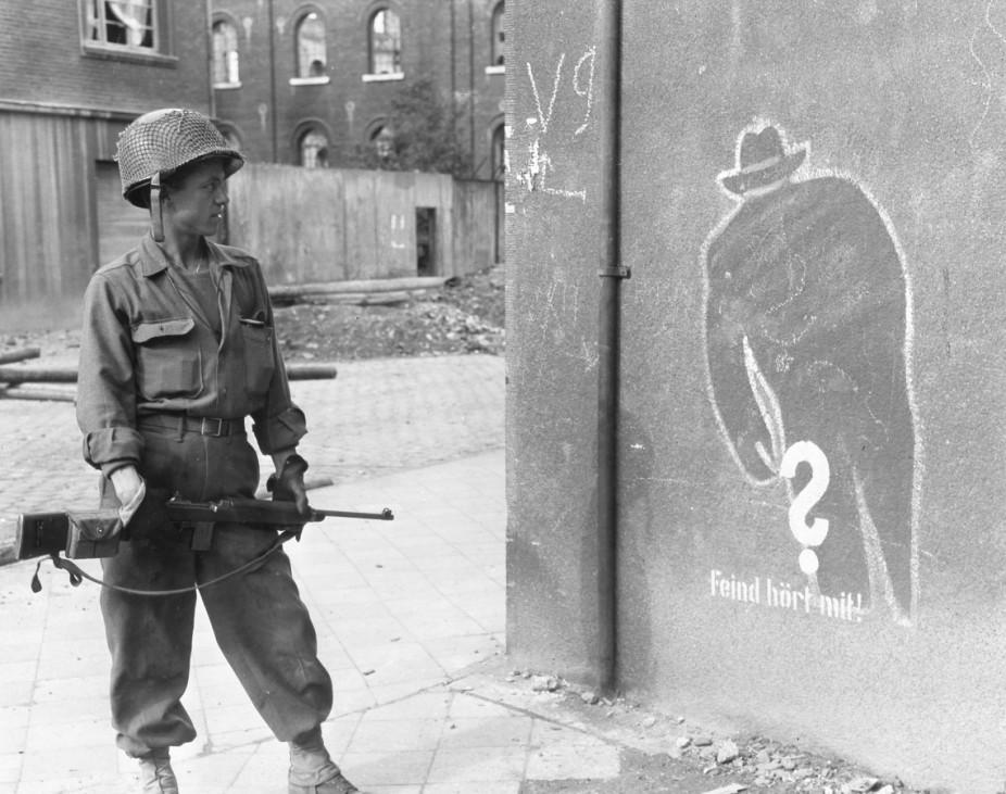 Amerikanischer Soldat in Aachen, 1944