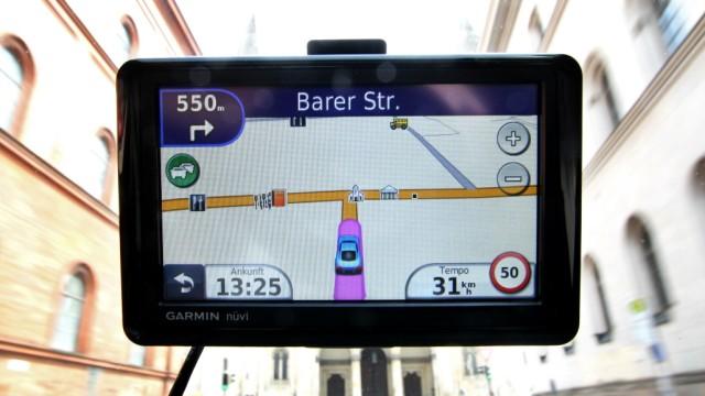Navigationssystem Garmin Nüvi in München
