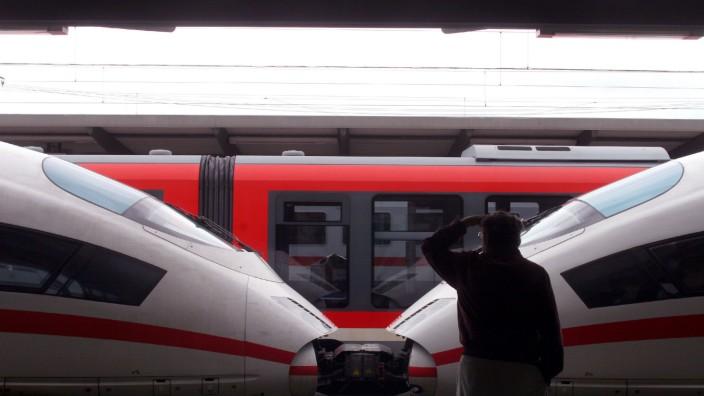 Bahn will Lokführergewerkschaft neues Angebot machen