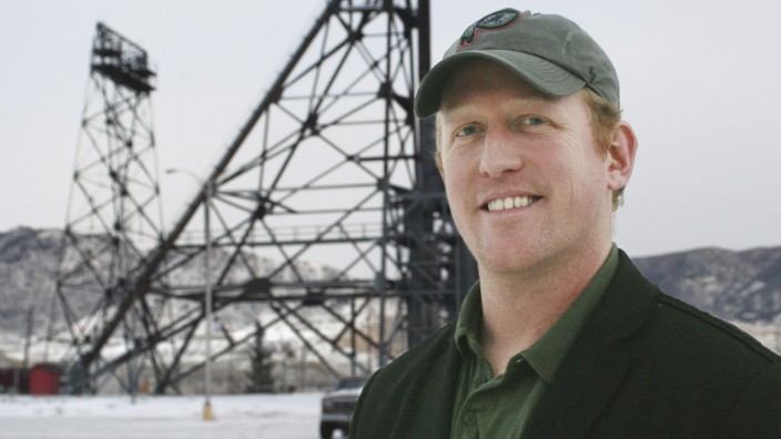 Rob O'Neill who was on the Navy SEAL 6 team that rescued Capt. Phillips from pirates and had his role featured in the movie Capt. Phillips is shown in Butte Montana