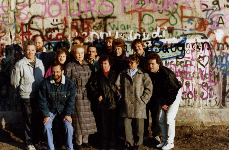 Mauer-Öffnung November 1989 - Ostberliner in Westberlin