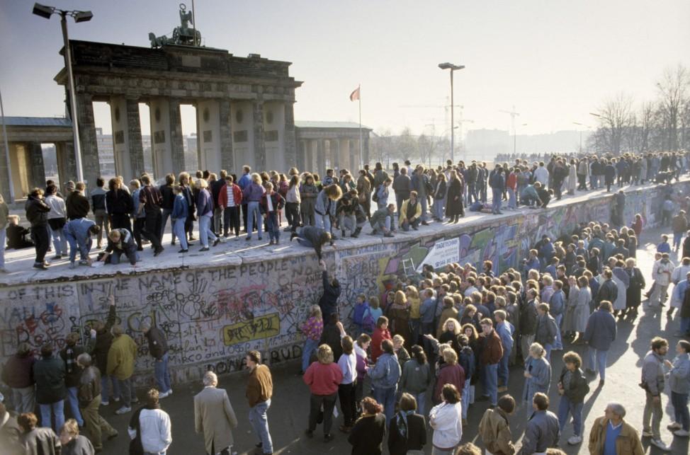 Fall der Berliner Mauer: Brandenburger Tor