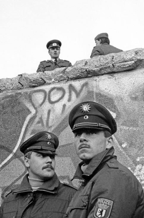 Mauerfall, Sonntag, 12.November 1989