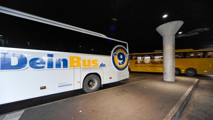 DeinBus.de in der Insolvenz: Gegen die Finanzstarke Konkurrenz, etwa durch den ADAC Postbus, haben kleinere Anbieter wie DeinBus.de kaum eine Chance.